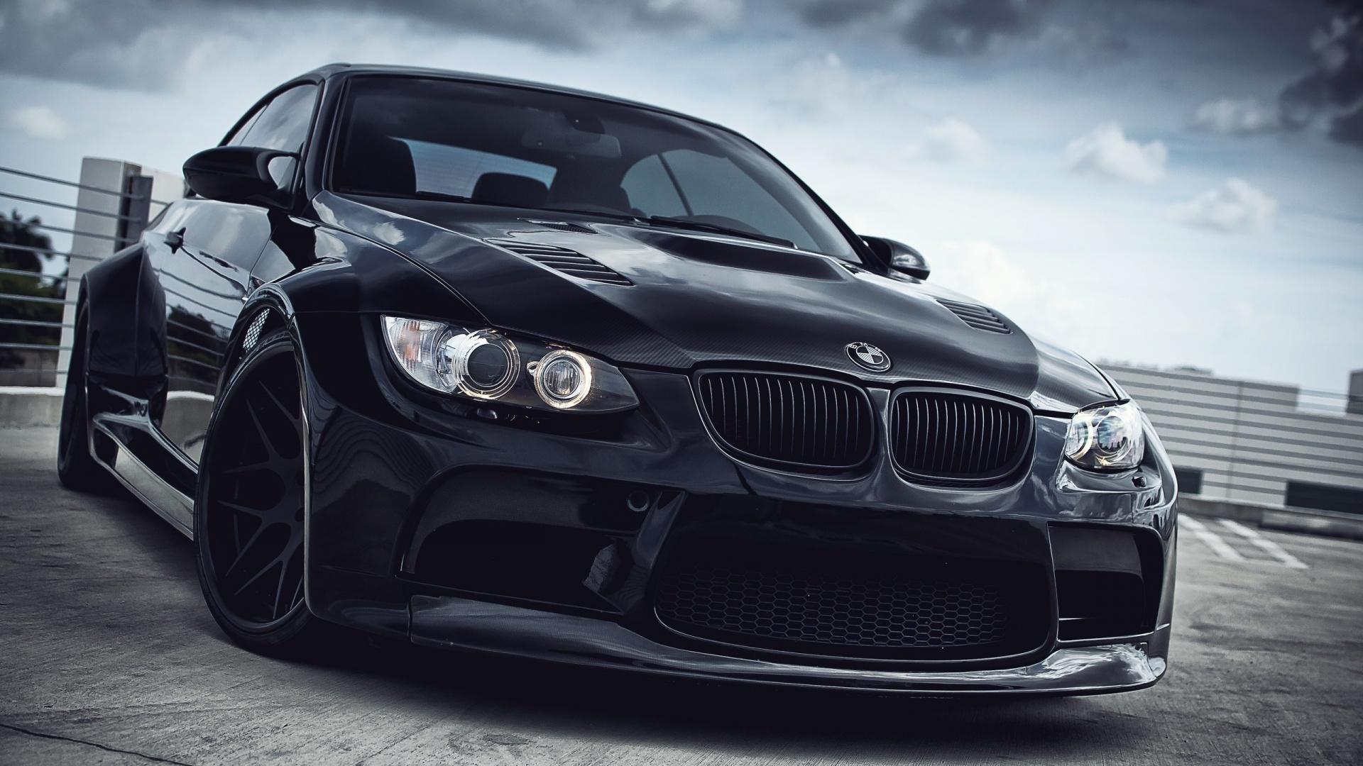 大学生が22歳の時にたった3か月で500万円貯めて憧れのドイツ製最高級車BMW M3を買った話